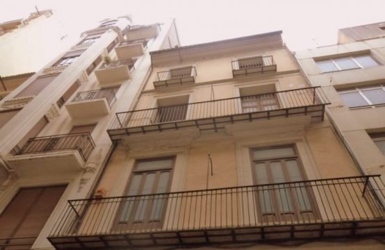Building for sale in the downtown of Valencia