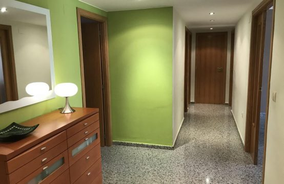 3 bedroom flat for sale in Ribarroja, Valencia