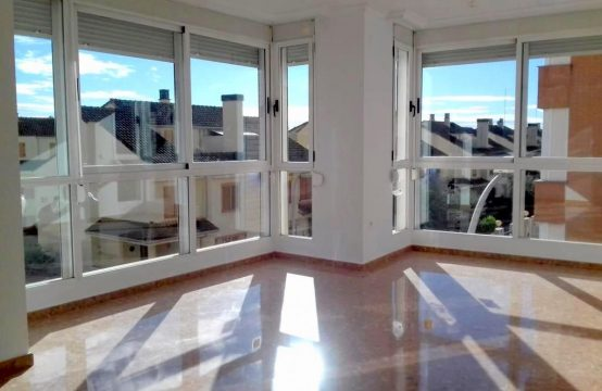 3 bedroom flat for sale in Paiporta, Valencia